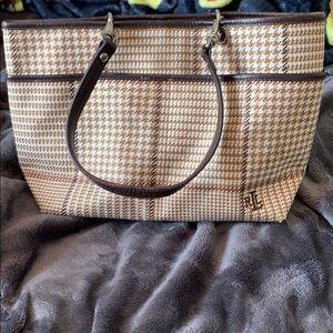 Shoulder strap purse